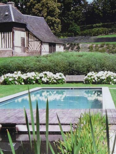 jardin normandie.jpg